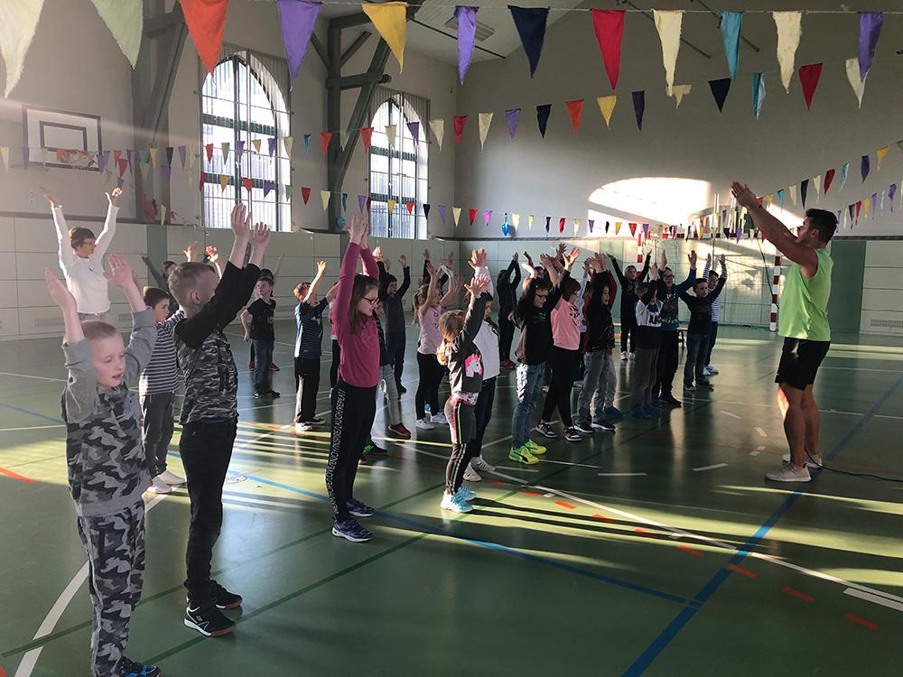 grundschule-im-tanzrausch